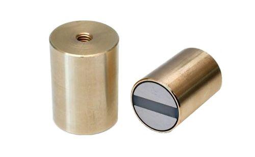Hengeres pot mágnes h6 mérettűréssel és belső menettel (bronz tartó), SmCo5